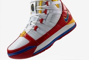 LeBron 3 SuperBron发售日期推迟 LeBron 3 超人战靴货量大吗
