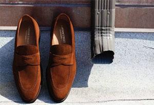 乐福鞋应该如何搭配 男女生乐福鞋搭配技巧