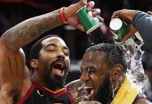 NBA季后赛2-2为什么叫天王山之战 nab天王山之战什么意思