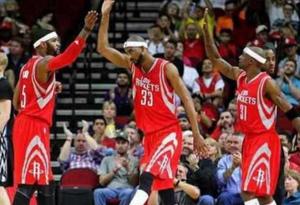 NBA近几年为什么很多人头带是白布 NBA头巾是白色的有什么寓意