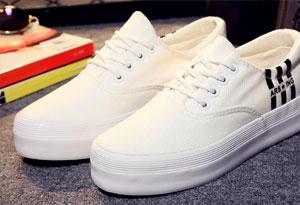 小白鞋脏了怎么办 小白鞋快速清方法有哪些