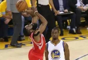 NBA中都是怎么防守哈登 如何防哈登不会被吹犯规