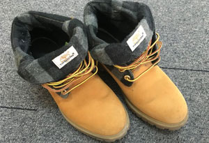 添柏岚大黄靴脏了怎么办 添柏岚大黄靴怎么清洗