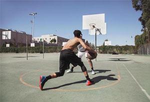 突破型后卫实战篮球鞋有哪些 哪些篮球鞋抓地力、缓震和包裹性比较好