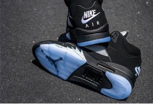 篮球鞋水晶底耐磨吗 水晶底篮球鞋优缺点