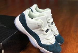 AJ11蓝蛇gs和AJ11蓝蛇区别是什么 AJ11 low 蓝蛇男女鞋款对比图