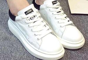 小白鞋有划痕怎么办 小白鞋划痕怎么修复