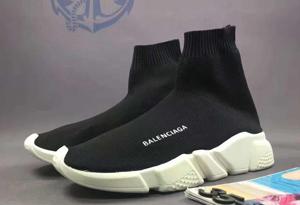 巴黎世家袜子鞋怎么鉴定真假 Balenciaga袜子鞋真假对比