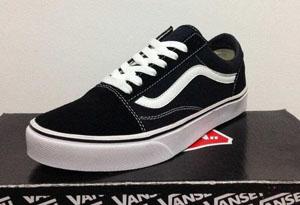 范斯滑板鞋好在哪 Vans滑板鞋有什么特点