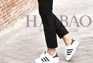 西裤+球鞋怎么搭配才好看 西裤+球鞋搭配技巧