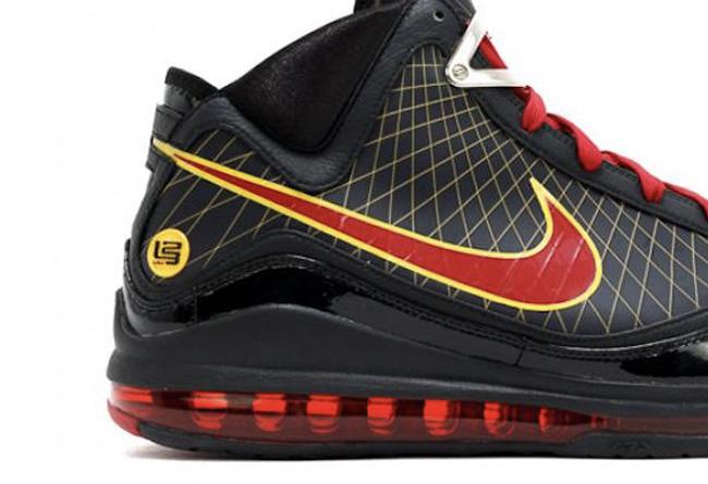 "Nike LeBron 7 ""Fairfax""谍照发售日期及售价"