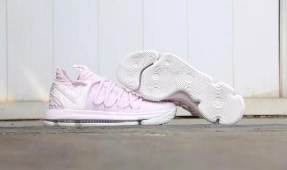 女生篮球鞋推荐 女生打篮球穿什么鞋