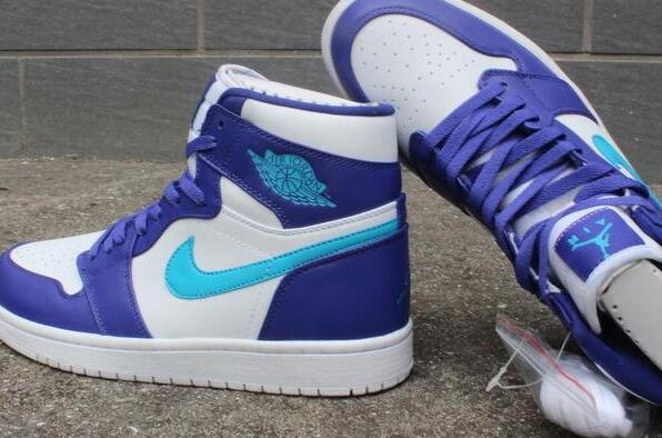 aj鞋是篮球鞋还是板鞋 aj鞋是什么牌子的