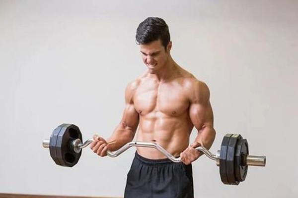 健身时关节会响的原因_关节响要继续练吗