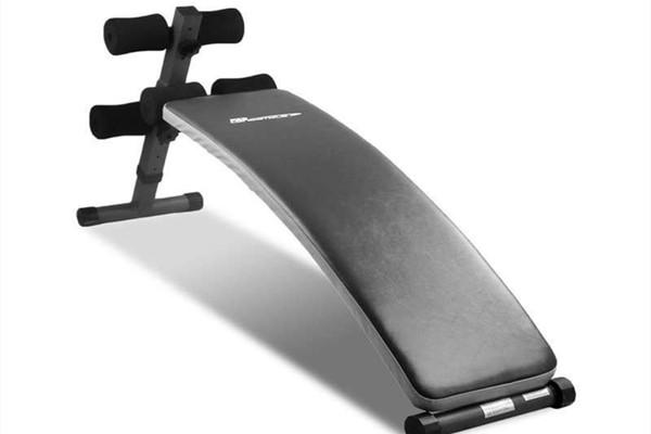 仰卧板怎样练腹肌 仰卧板的作用