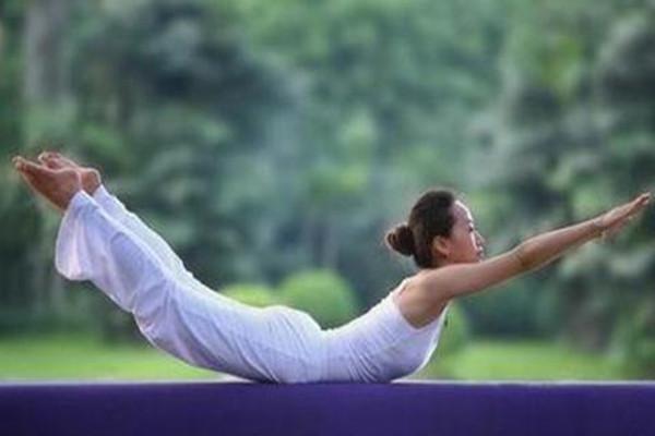 腰部力量训练的好处 女生力量锻炼的好处
