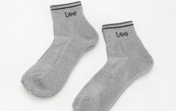 冬天穿袜子睡觉好不好 穿袜子睡觉是禁忌吗