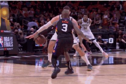 NBA垫脚怎么判罚_NBA垫脚什么意思